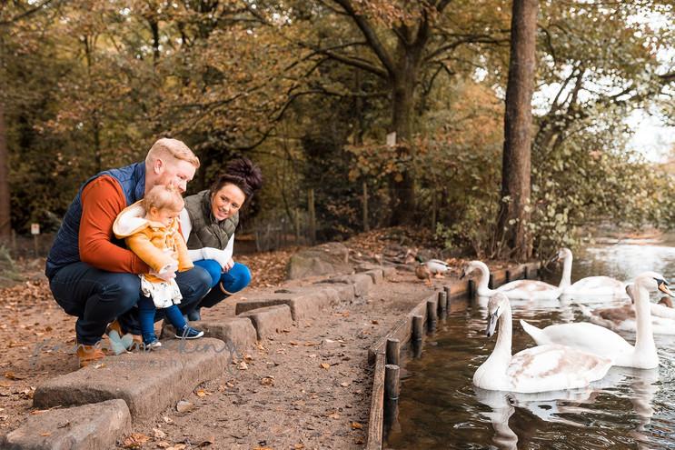 outdoor family photoshoot yorkshire leed