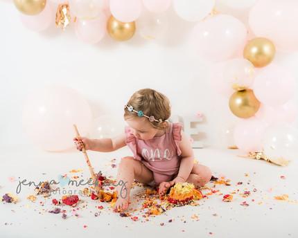 cake smash photoshoot leeds yorkshire fi