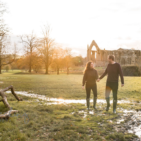 Engagement photoshoot  at bolton abbey