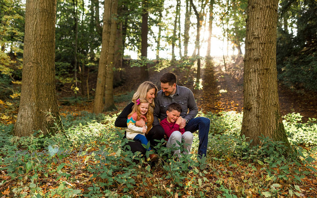 outdoor family photoshoot leeds.jpg