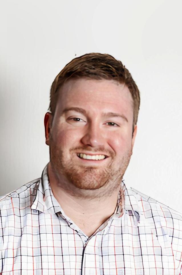 Chris Guzek - Captain For Restaurants