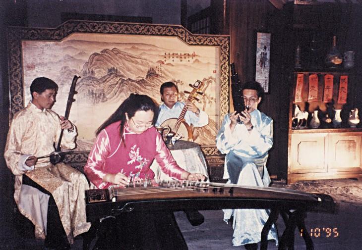 CO perform at Dang Cheng.jpg