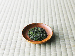 Reasons why buying high quality loose leaf tea will save you money!