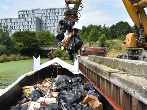 Powerday offers commercial waste service by water