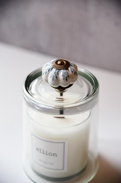 Foliage knob cloche + candle set