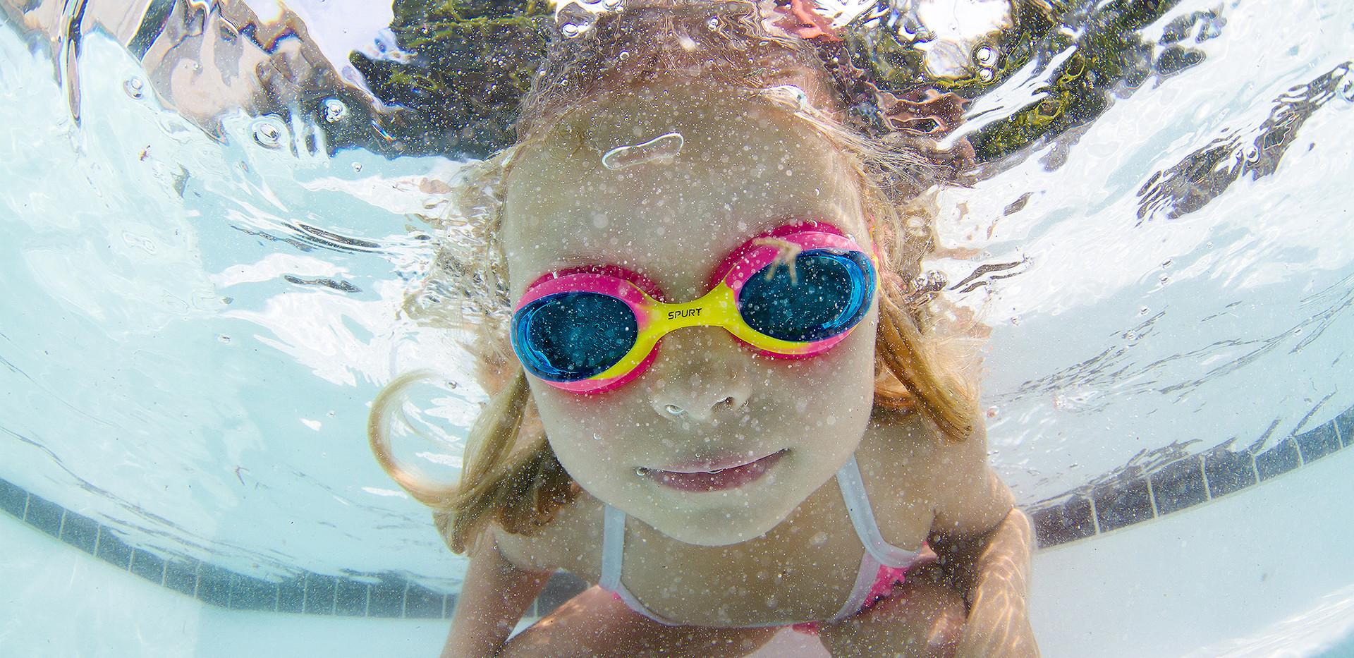 005_jnr9858swimming14cestari_m 2048.jpg