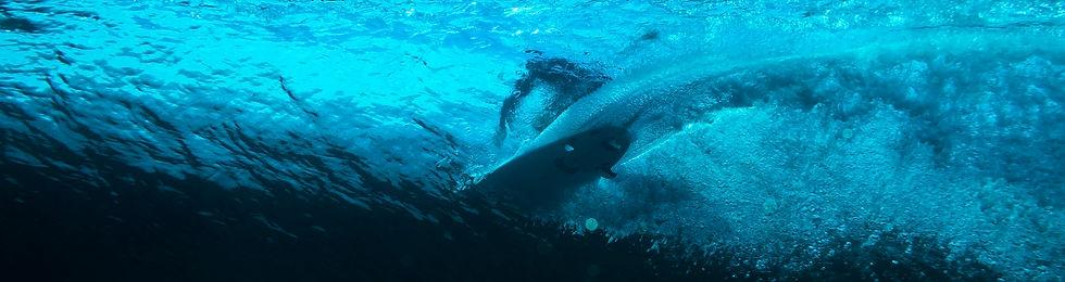 surfing-underwater_1.jpg