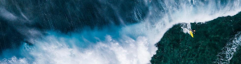 surfing-drone-1.jpg