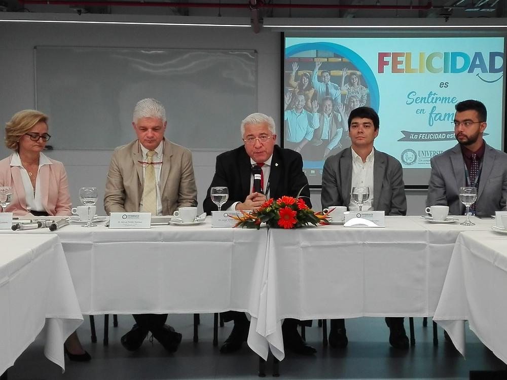 Rector y directivos Universidad CES