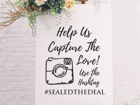 How to Choose Your Wedding Hashtag