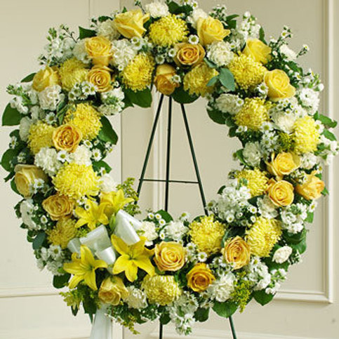 Mixed Yellow Wreath