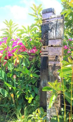 Garden Totems - Rustic