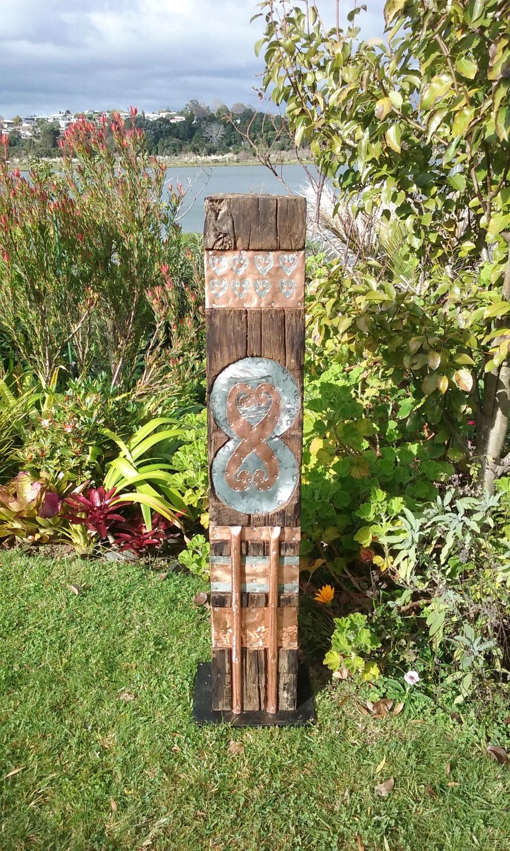 Reworkit garden totem