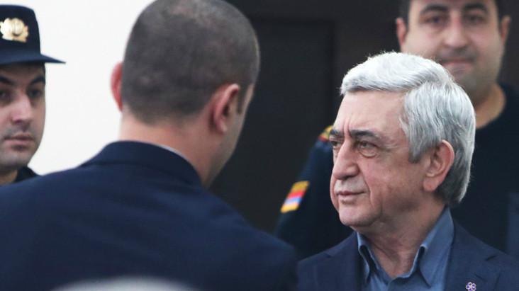 Սարգսյանի և Բեգլարյանի պաշտպանների միջնորդությունների վերաբերյալ որոշումը դատարանը կհրապարակի վաղը