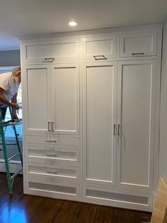 New laundry_closet cabinets