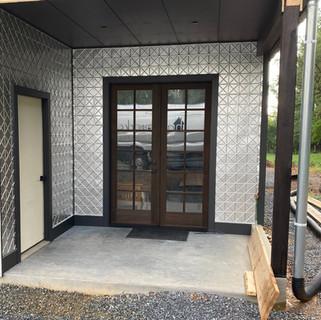 HW studio entrance