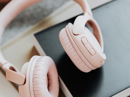 My Top 8 Favorite Podcasts