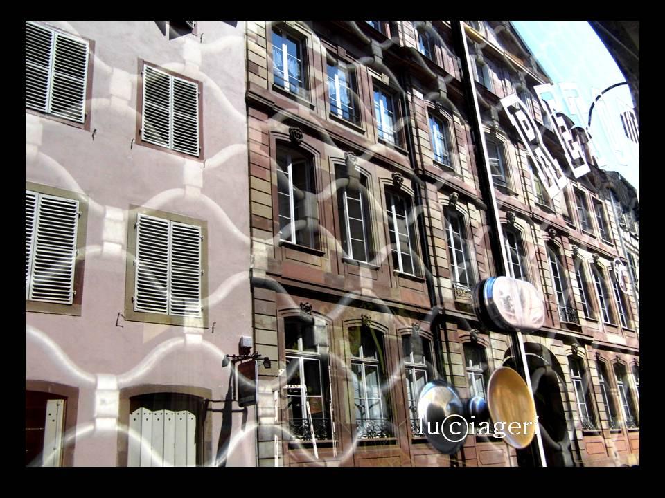 Strasbourg - vetrina chiusa.jpg