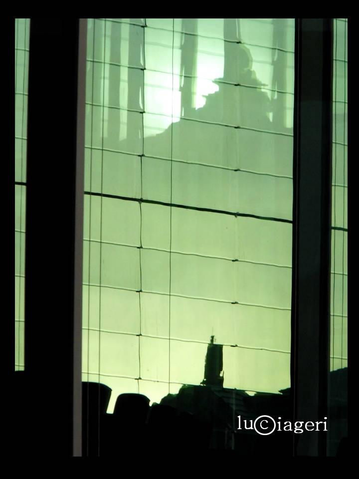 Berlino - tramonto sul governo.jpg