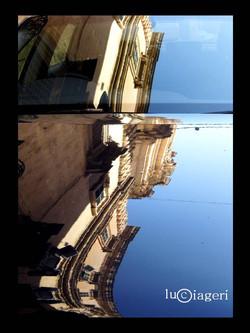 La Valletta - Auto in centro.jpg