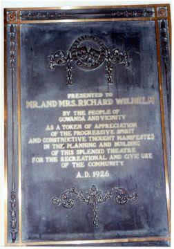plaque_3.jpg