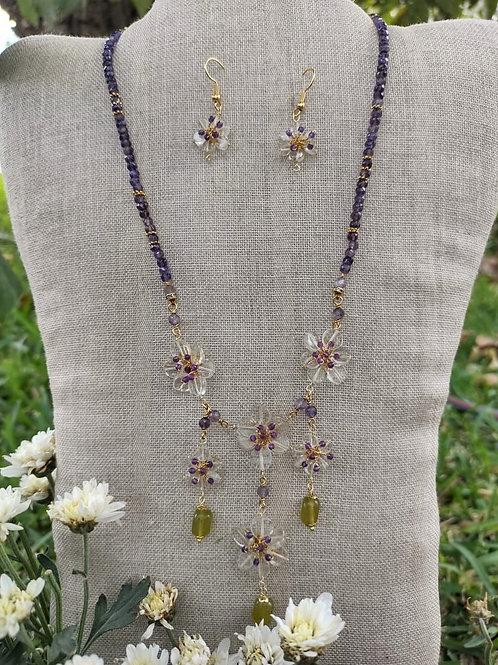 Peruvian opal, citrine quartz and amethyst. . Handmade jewelry