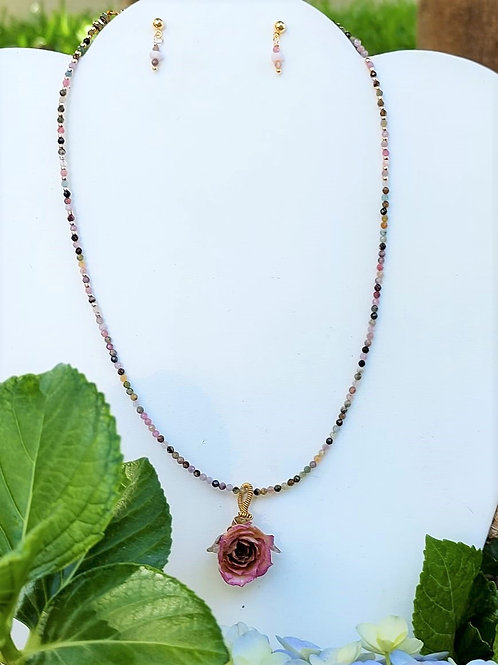 Tourmaline and Flowers with bio-resin. Eco-fashion Jewelry