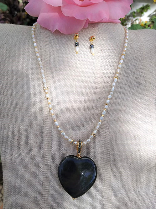 Obsidian rainbows and cultivated pearls. Handmade jewelry
