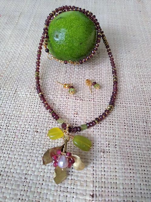 Garnet, Hematite and Peridot. Eco-fashion Necklace