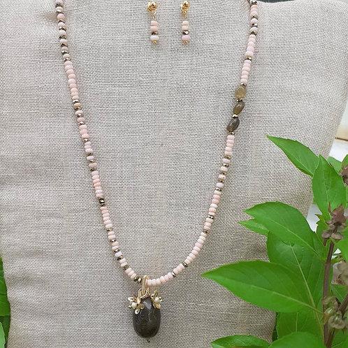 Peruvian Opal, Labradorite and Hematite. Handmade Jewelry