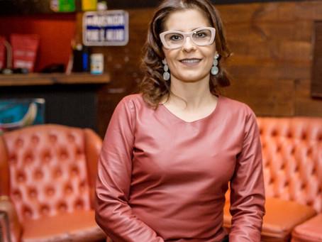 A história da advogada Karina Azen e sua relação com a psicologia