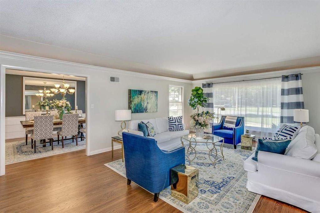 LoveLeeHomes Living Room