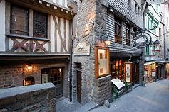 restaurant le mouton blanc groupe mère poulard restaurants au mont saint-michel