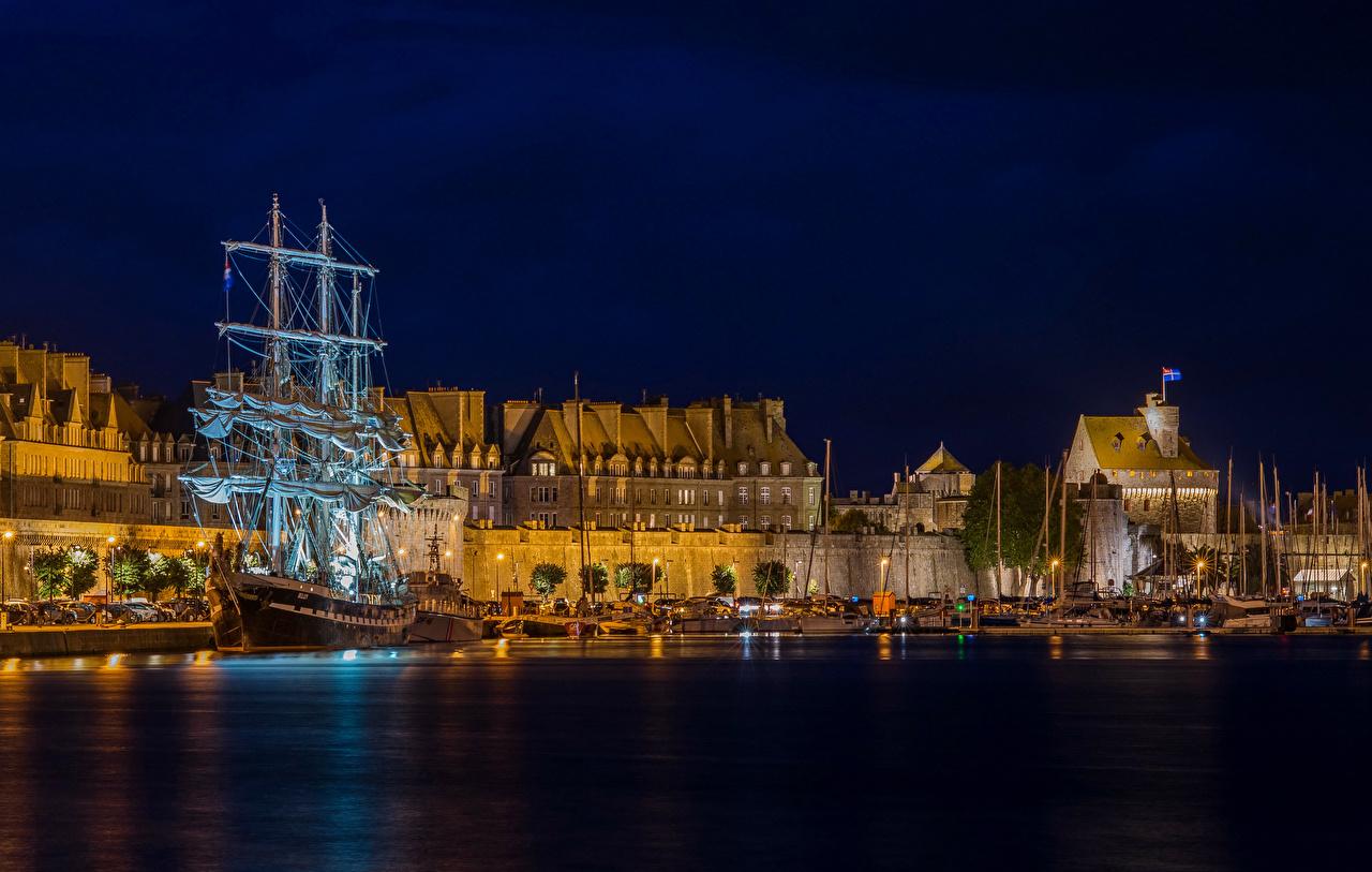 France_Houses_Marinas_Ships_Sailing_Sain