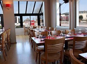 restaurant la DIGUE.jpg