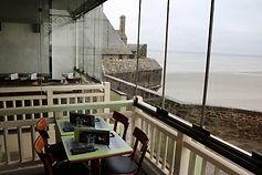 restaurant les terrasses de la baie groupe mère poulard restaurants au mont saint-michel
