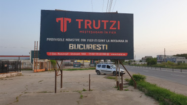 Banner publicitar stradal