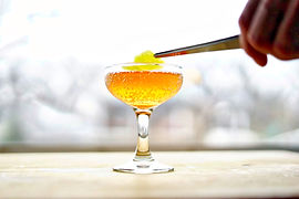 Shrub and soda is a delicious, non-alcoholic way to use our drink shrubs. Pour yourself a drink and enjoy!