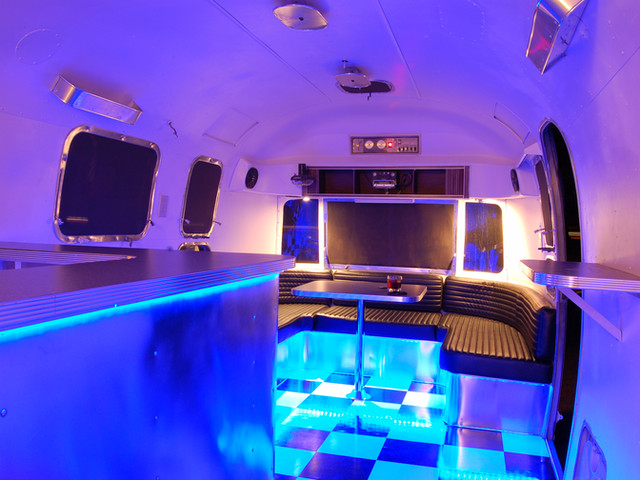 Airstream bar, lounge, food-truck