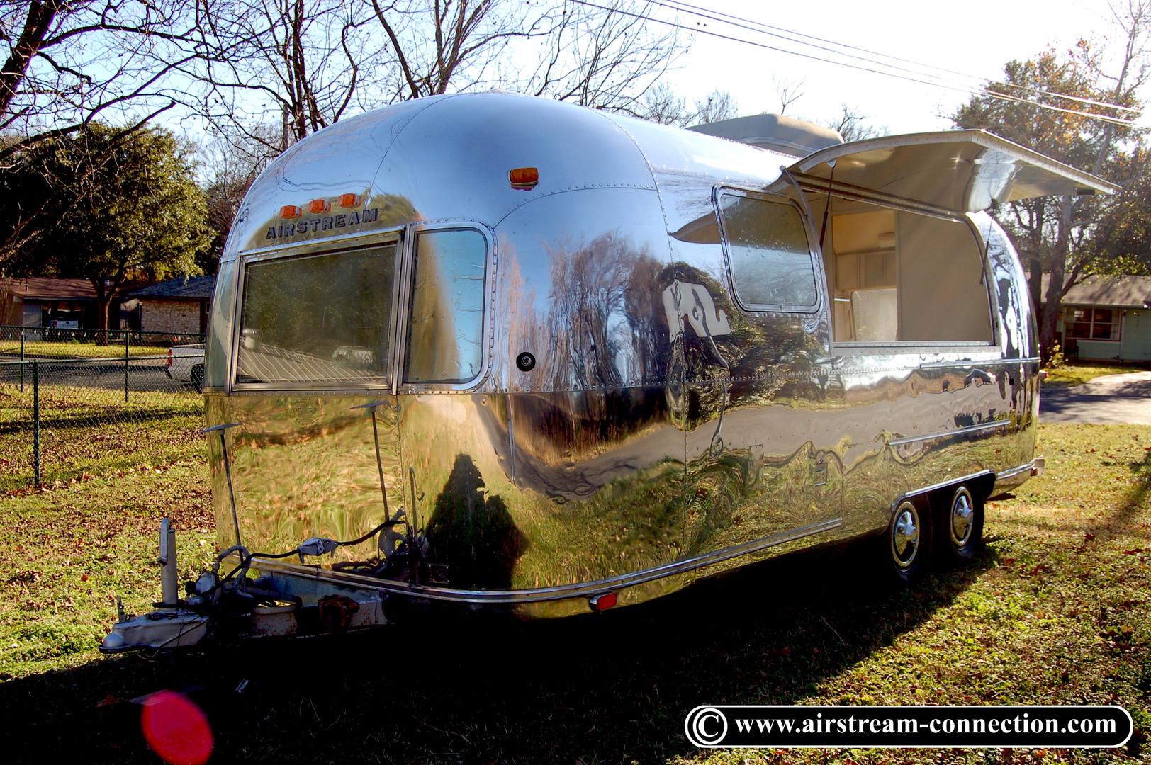 Airstream Bar Foodtruck Safari 73 - 33.J