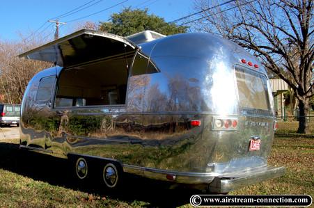 Airstream Bar Foodtruck Safari 73 - 26.J