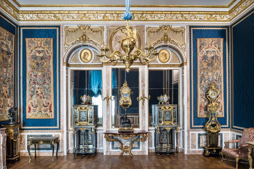 decorative art in the louvre