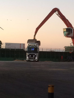 UNLOADING AT SGT