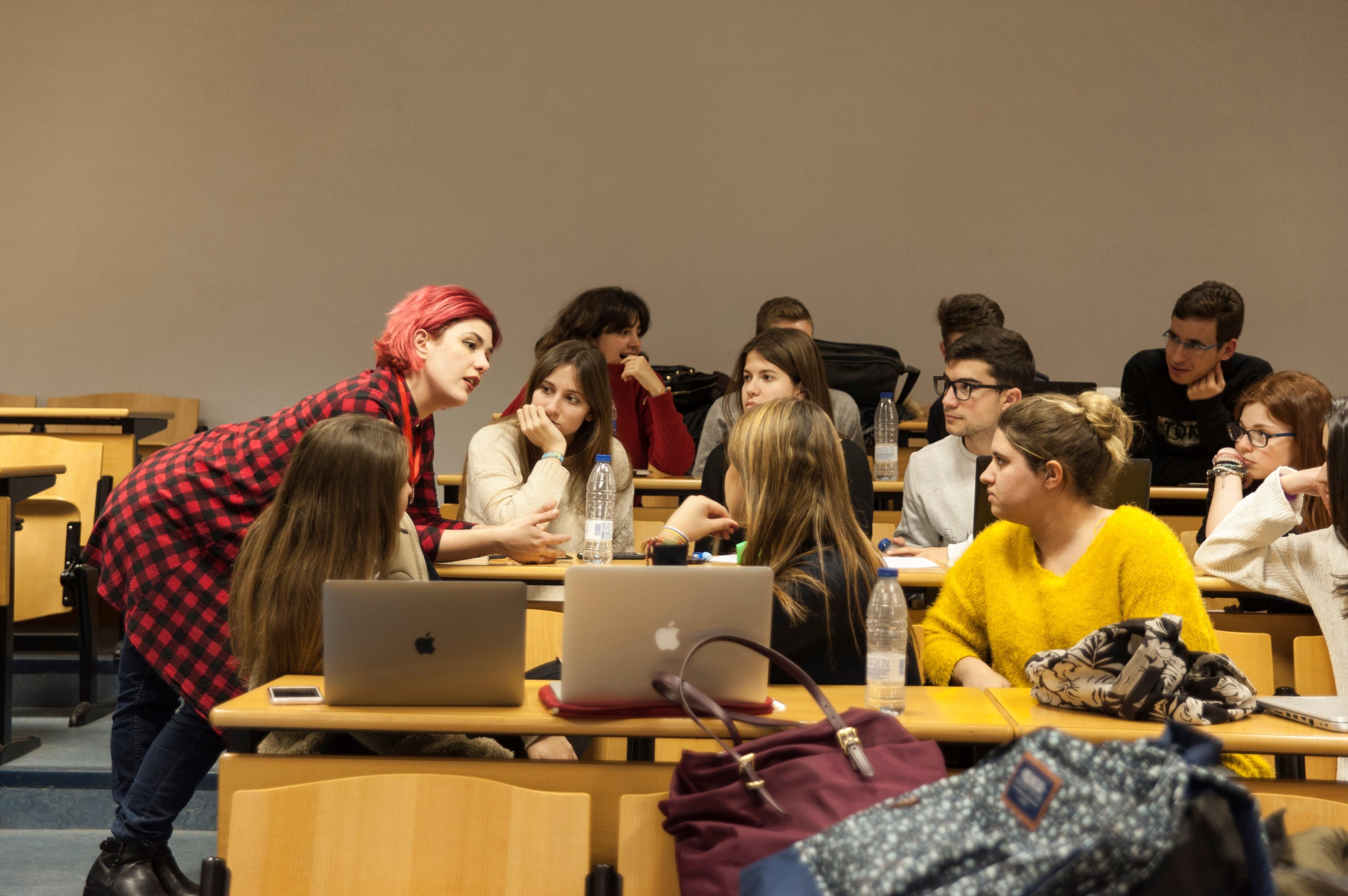 Raisa Maudit-Introducción Sociología