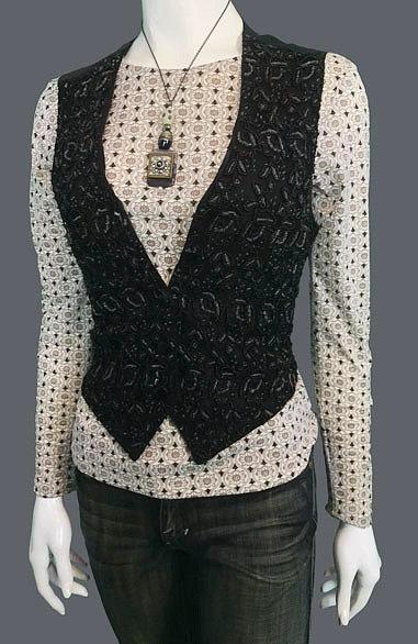Vintage Pattern Top (S)