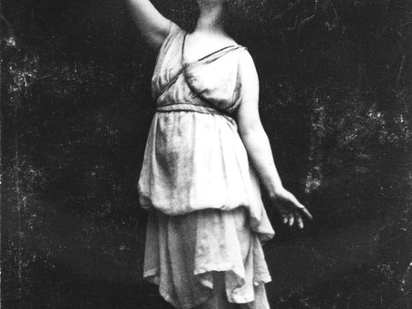 The beauty of Isadora Duncan