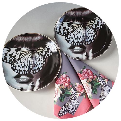 Conjunto Blue Butterfly com guardanapos Cinza e Rosa (4 peças)