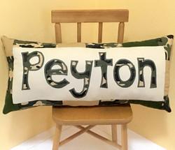 CAMO ORIGINAL Peyton on Chair Squarish