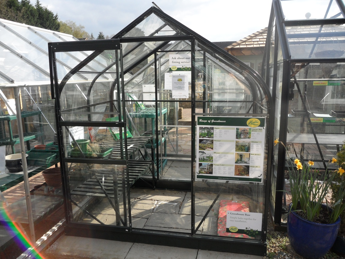 Halls Supreme Greenhouse 6' x 4'