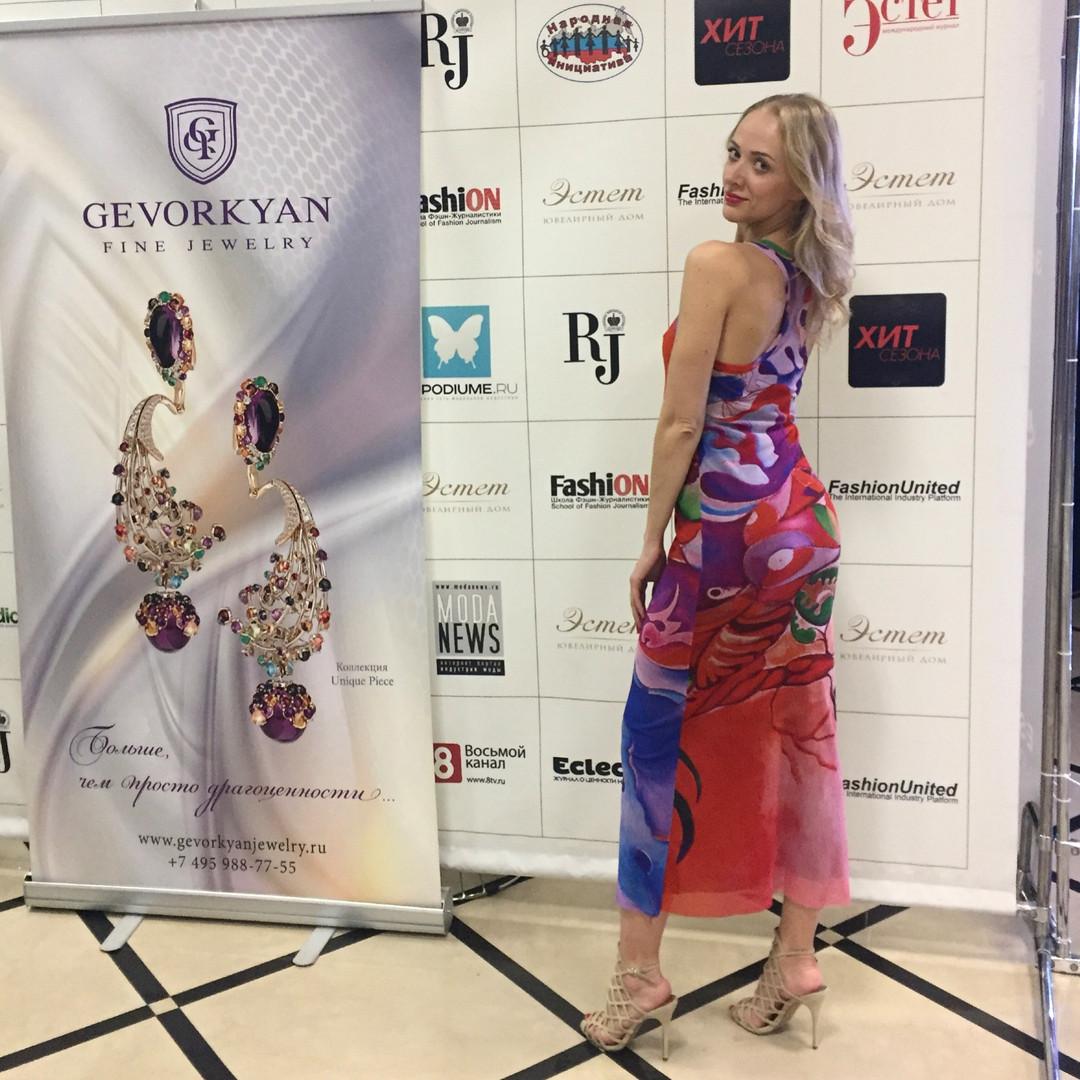 Куликова Ольга в качестве танцора и модели на Estet Fashion Week 2018